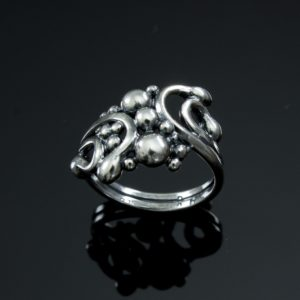 Serenity_Ring_0_586_a